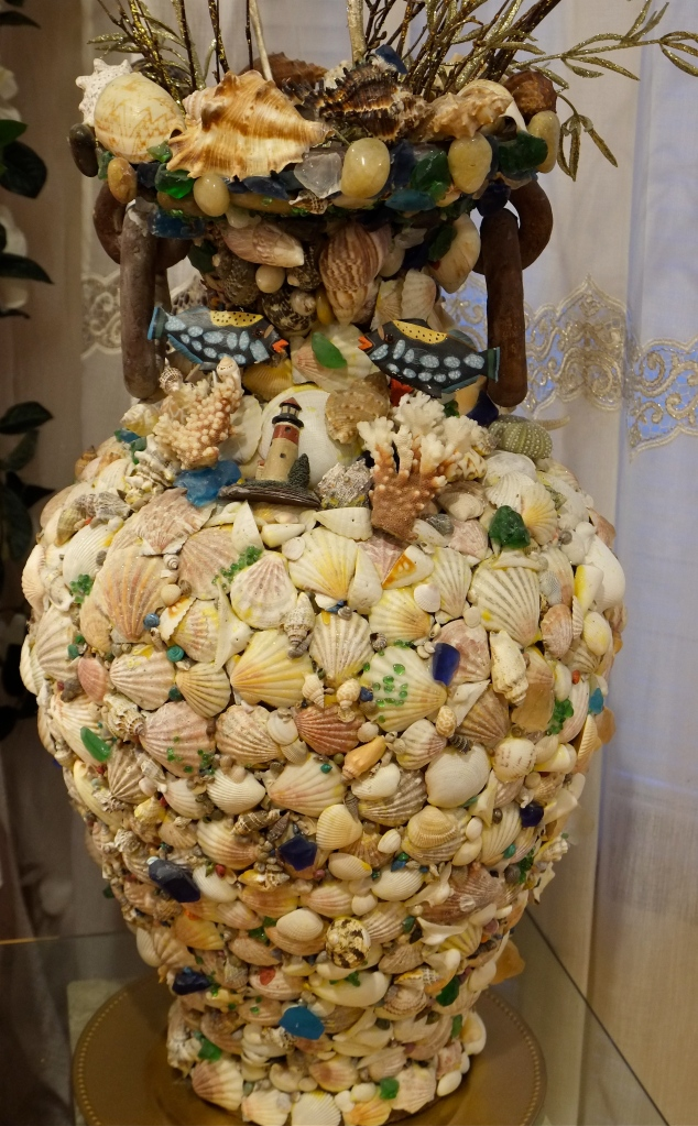 Shell art copyright Kim Smith