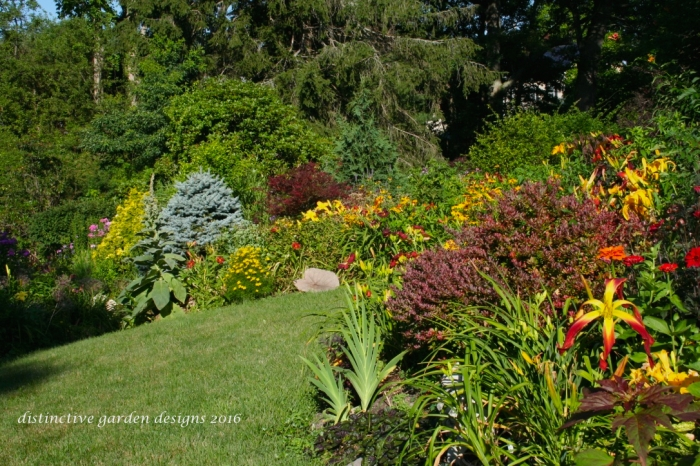 DISTINCTIVE GARDEN DESIGNS landscape 7 18 201616