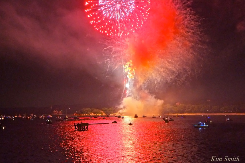 Gloucester Fireworks July 4 2016 -14 copyright Kim Smith