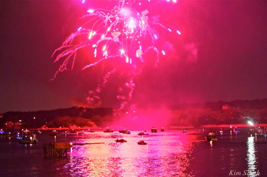 Gloucester Fireworks July 4 2016 -2 copyright Kim Smith