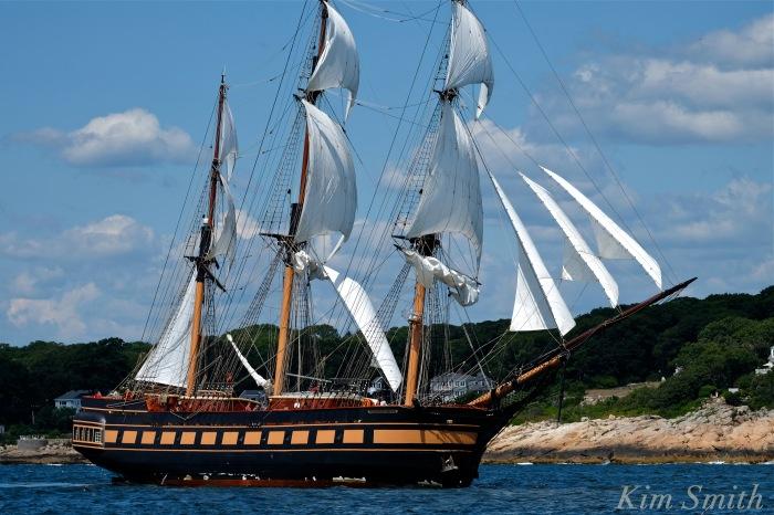 Oliver Hazard Perry ship -1 copyright Kim Smith