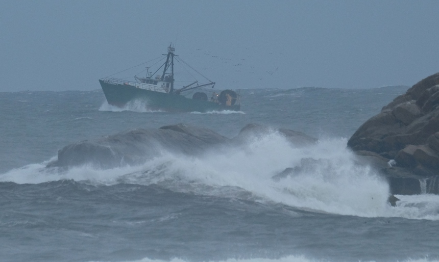 Fishing Boat Hermine Brace Rock Gloucester -5  copyright Kim Smith