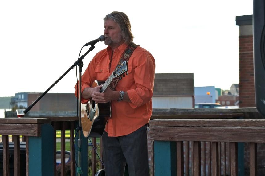 Schooner Festival Mayor's Reception Allen Estes copyright Kim Smith