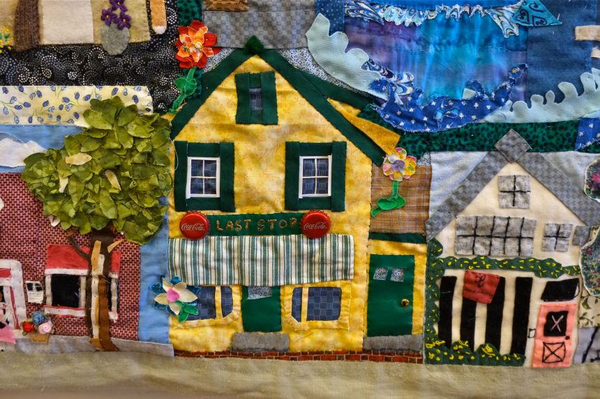 east-gloucester-quilt-juni-van-dyke-detail-last-stop-copyright-kim-smith