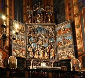 web-st-marys-basilica-krakow-3-altar-detail