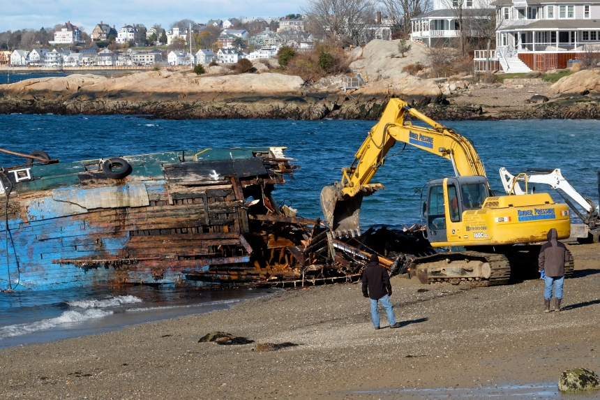 blue-ocean-dragger-shipwreck-gloucester-ma-26-copyright-kim-smith