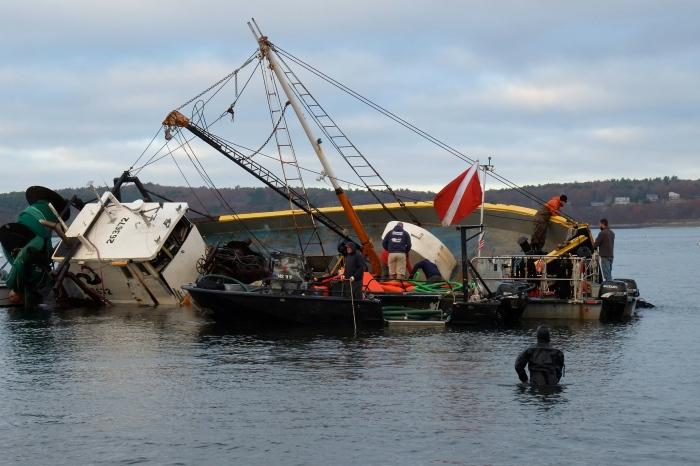 blue-ocean-dragger-shipwreck-salvage-gloucester-ma-2-copyright-kim-smith