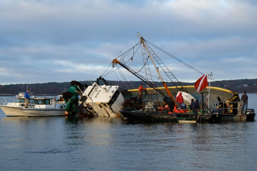 blue-ocean-dragger-shipwreck-salvage-gloucester-ma-copyright-kim-smith