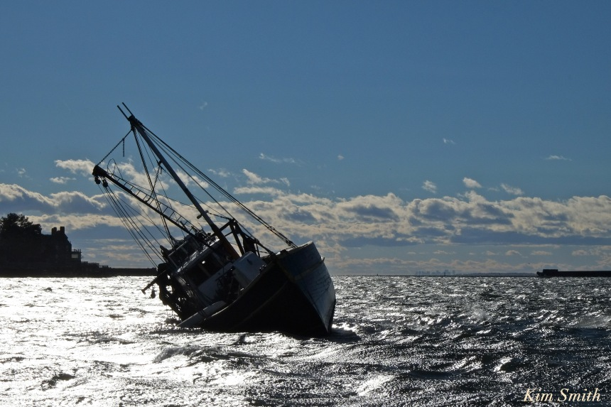 gloucester-shipwreck-fv-blue-ocean-copyright-kim-smith