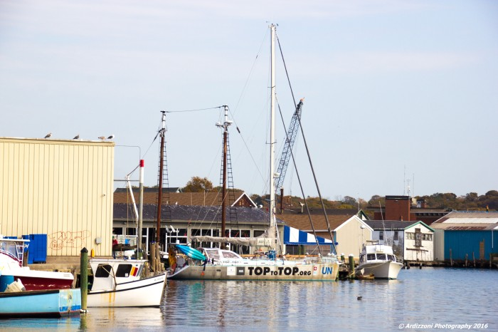 november-2-2016-top-to-top-docked-at-the-gloucester-house