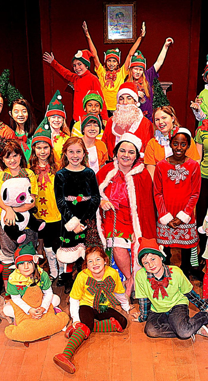 santas_workshop_crop_1272