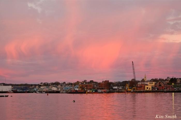 sunrise-gloucester-harbor-november-5-2016-copyrightt-kim-smith