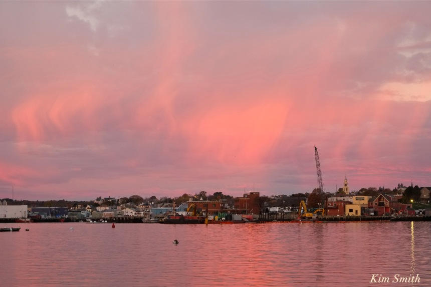 sunrise-gloucester-harbor-november-5-2016-copyrightt-kim-smith