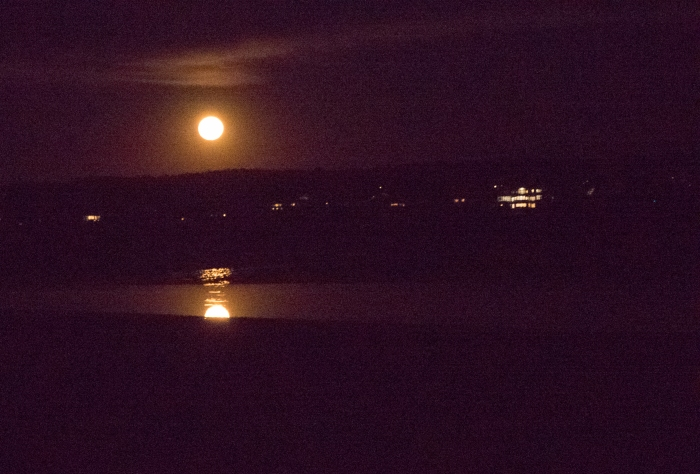 super-moon-over-thurston-pt-1040344-2