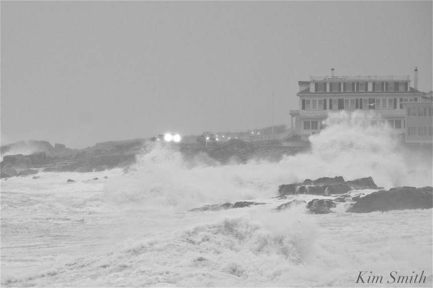 noreaster-backshore-waves-3-gloucester-1-24-17-copyright-kim-smith