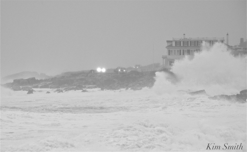 noreaster-backshore-waves-4-gloucester-1-24-17-copyright-kim-smith