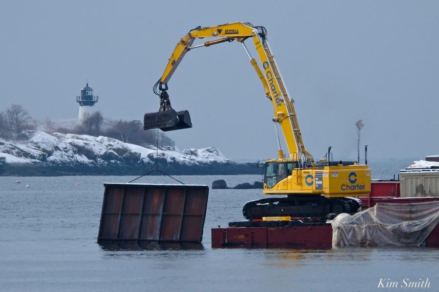 gloucester-harbor-dredging-ten-pound-island-copyright-kim-smith