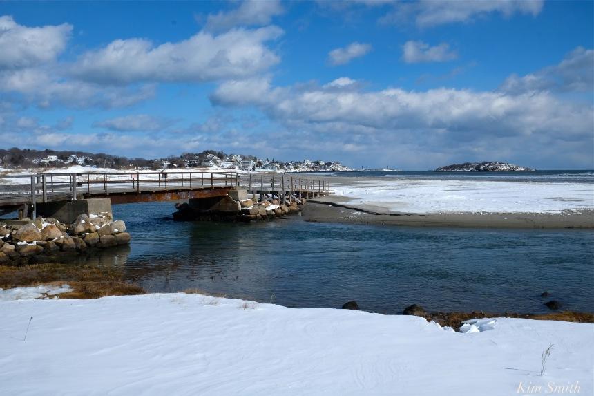 good-harbor-beach-snow-footbridge-copyright-kim-smith