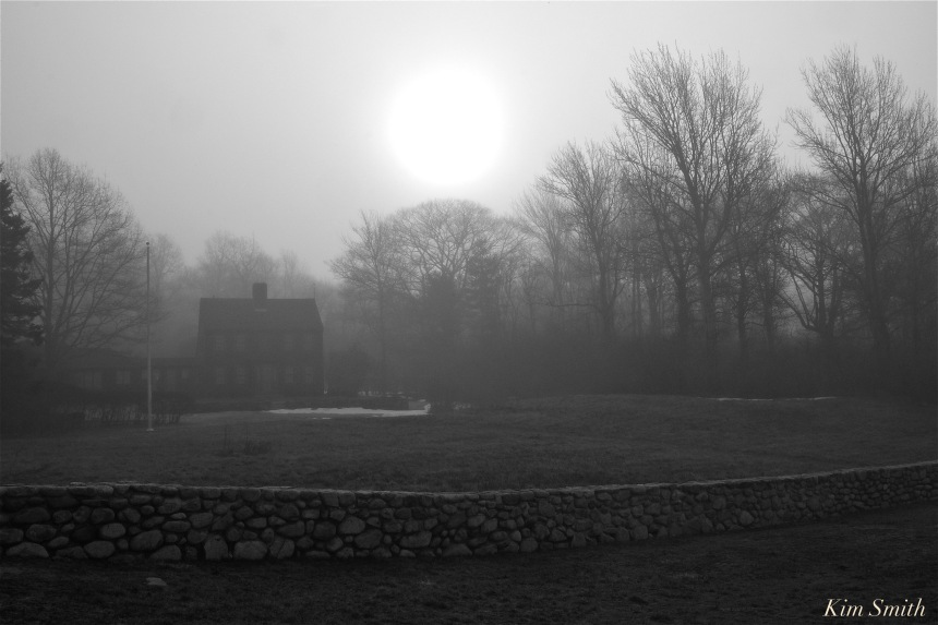 house-in-the-fog-copyright-kim-smith