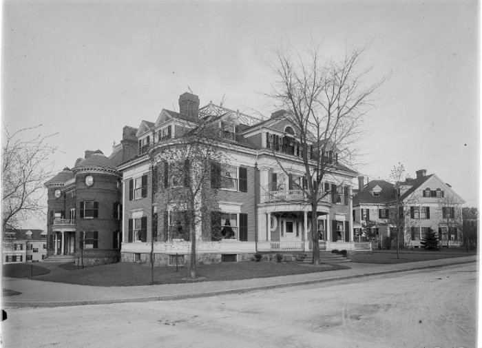 1897 Thomas William Sears the Sears family home Brookline corner of Beacon and charles streets