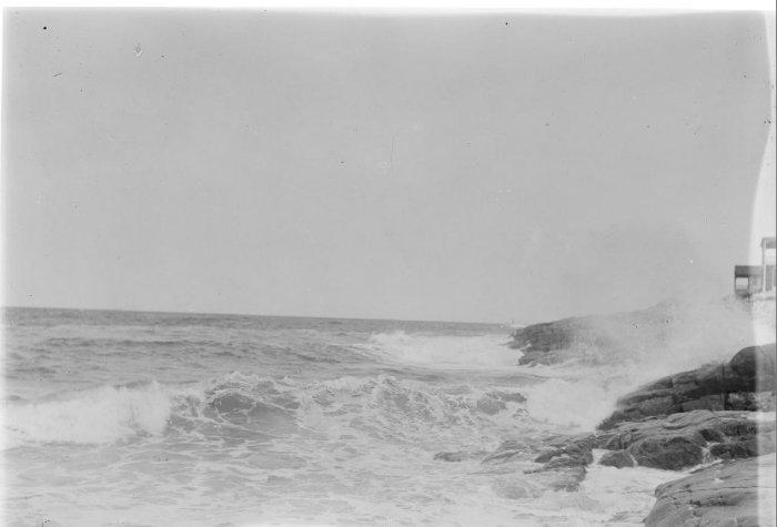 1930 unidentified seascape !