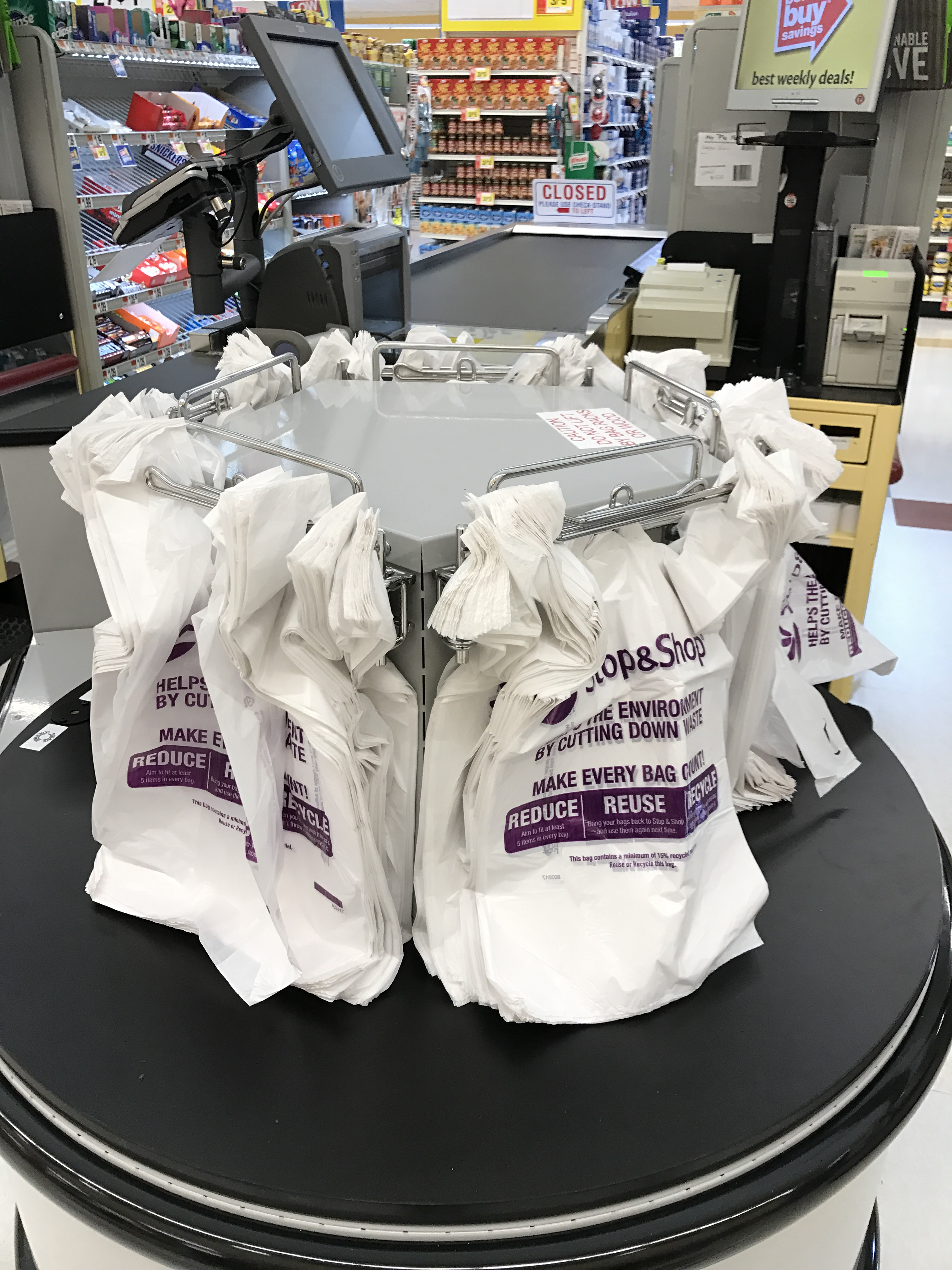 Stop And Shop Embraces Disposable Plastic Bags And Takes