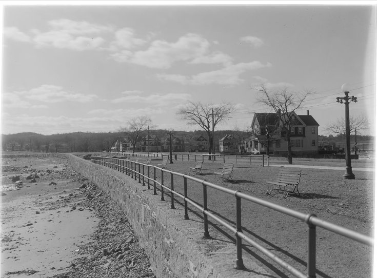 Thomas Warren Sears seawall and park area