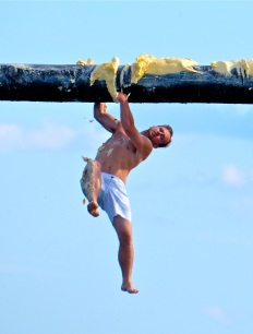 Saturday Greasy Pole 2017 -42 copyright Kim Smith