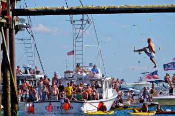 Saturday Greasy Pole 2017 Ross Carlson copyright Kim Smith
