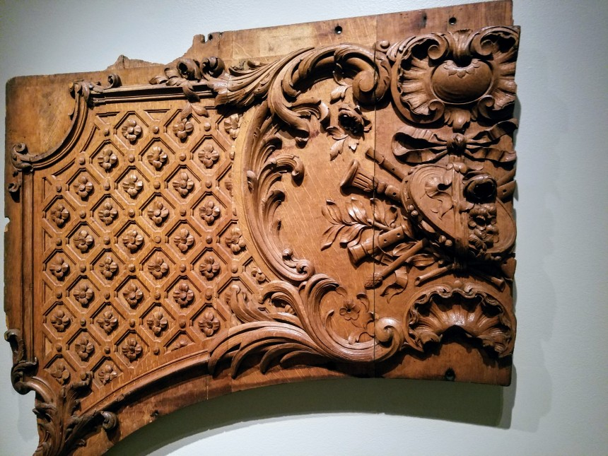 FINEST EXTANT TITANIC CARVING FRAGMENT arch recital lounge ca1911, Maritime Museum of the Atlantic,Halifax Nova Scotia- Ocean Liners Installation  Peabody Essex Museum © C Ryan 20170908_115342.jpg