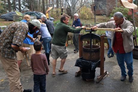 Apple Cider Pressing Party Duckworths Murdock -6 copyright Kim Smith