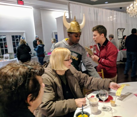 Taste of Cape Ann YMCA teens helping 20171109_181227