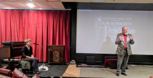 Peter Krasinski with Lindsay Crouse accompanying silent film Peter Pan at Gloucester Cinema & Stage, a Gloucester Meetinghouse benefit Pathways for Children 20171203_160504