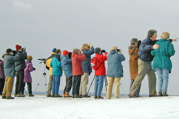 bill-gette-with-winter-birding-group-750_blockitemmedium