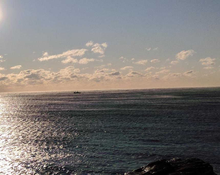 fishing boat off GloucesterMA sea smoke frigid morning_20180106_082111