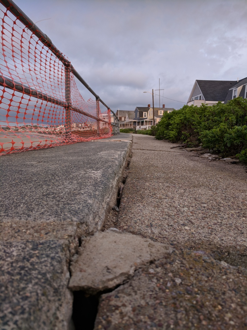 Long Beach seawall walkway after winter storms May 2018 spotting the new peek throughs  ©c ryan.jpg