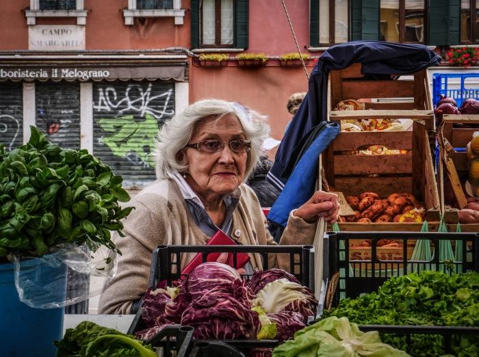 woman in market-3.jpg
