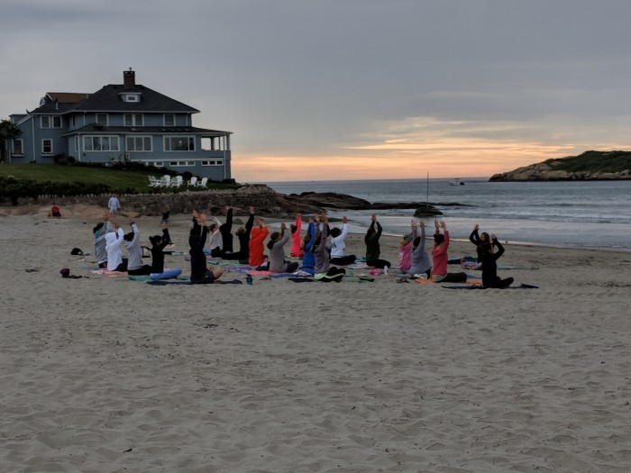 Good Harbor Beach Yoga Elaine O'Rourke _20180609_© c ryan (3)