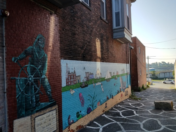 Parsons Street wall murals Gloucester Mass Cape Ann art haven kids with professionally trained artists and teachers including Jason Burroughs and Avery McNiff_ September 2017 _©c ryan (