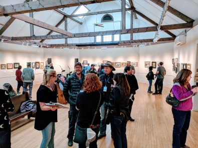Cape Ann Plein Air Quick Draw crowd 2018 at Rockport Art Assoc Museum _20181014_© Catherine Ryan (1)