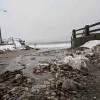 high tide sweeps in gloucester ma long beach entrance_20190120_© catherine ryan