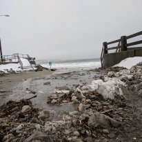 high tide sweeps in gloucester ma long beach entrance_20190120_© catherine ryan