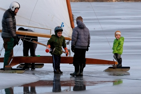 ice sailing niles pond copyright kim smith - 07