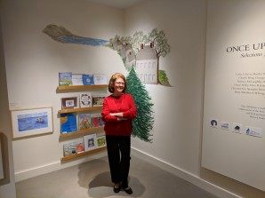 jean woodbury author_the tree in dock square_cape ann museum_gloucester ma_20181223_© c ryan