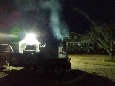 tailgating prep_gloucester patriots gourmet super fans grill brick oven stoking more than a day_6am 2019 january 13_ ©catherine ryan (1)