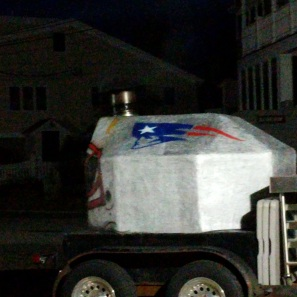 tailgating prep_gloucester patriots gourmet super fans grill brick oven stoking more than a day_6am 2019 january 13_ ©catherine ryan (2)