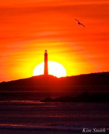 thacher-island-north-light-sunrise-copyright-kim-smith