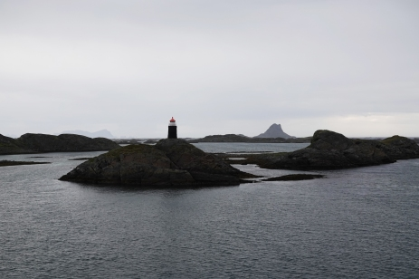 180617 Norway (12), Rost_ arriving on ferry at Rost, Lofoten Islands