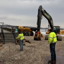 Long Beach walkway winter 2019 repairs on beach side_K&R heavy equipment for rip rap_20190208_Gloucester Rockport Mass© Catherine Ryan (5)