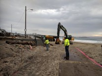 Long Beach walkway winter 2019 repairs on beach side_K&R heavy equipment for rip rap_20190208_Gloucester Rockport Mass© Catherine Ryan (6)
